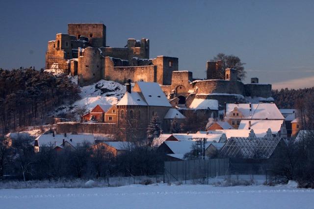 Zřícenina hradu Rábí